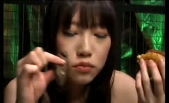 Asian babe eats her own shit