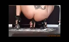 Tattooed babe dropped shit on a big dildo